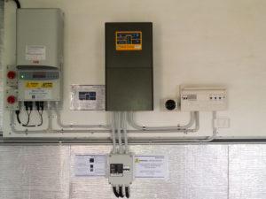 Off grid solar 7.5kw Selectronic Inverter - Davey Solar Panels Warwick